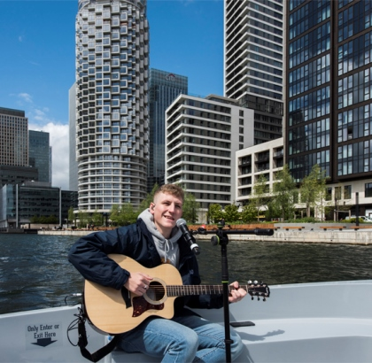 Water Way to Perform: Sea Shanty Star Nathan Evans Surprises Londoners with His First Ever Live Performance Ahead of The Brits - On The Water!