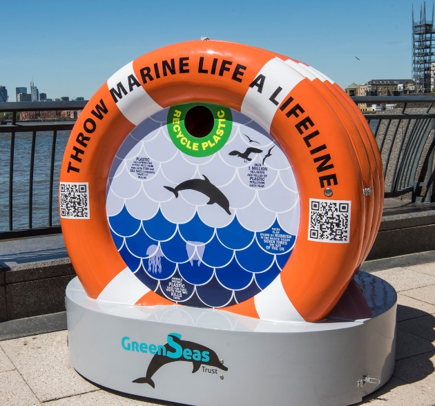 Lifebuoy-shaped Reminder to Keep Plastic Waste out of Thames – 15.06.21